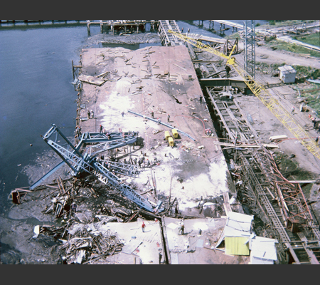 Images Taken After The Collapse The West Gate Bridge